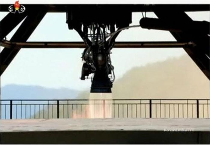 The Hwasong-14 rocket motor, firing on a test stand.