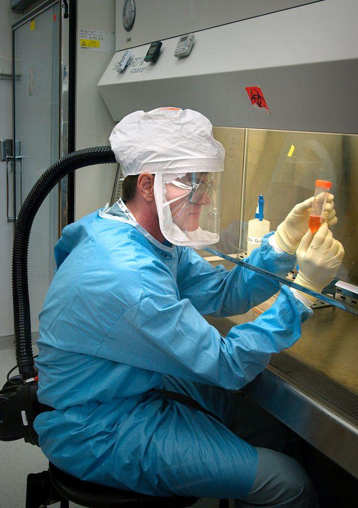 800px-Influenza_virus_research.jpg