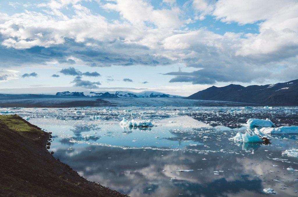 Climate change - sea level iceberg glaciers melting