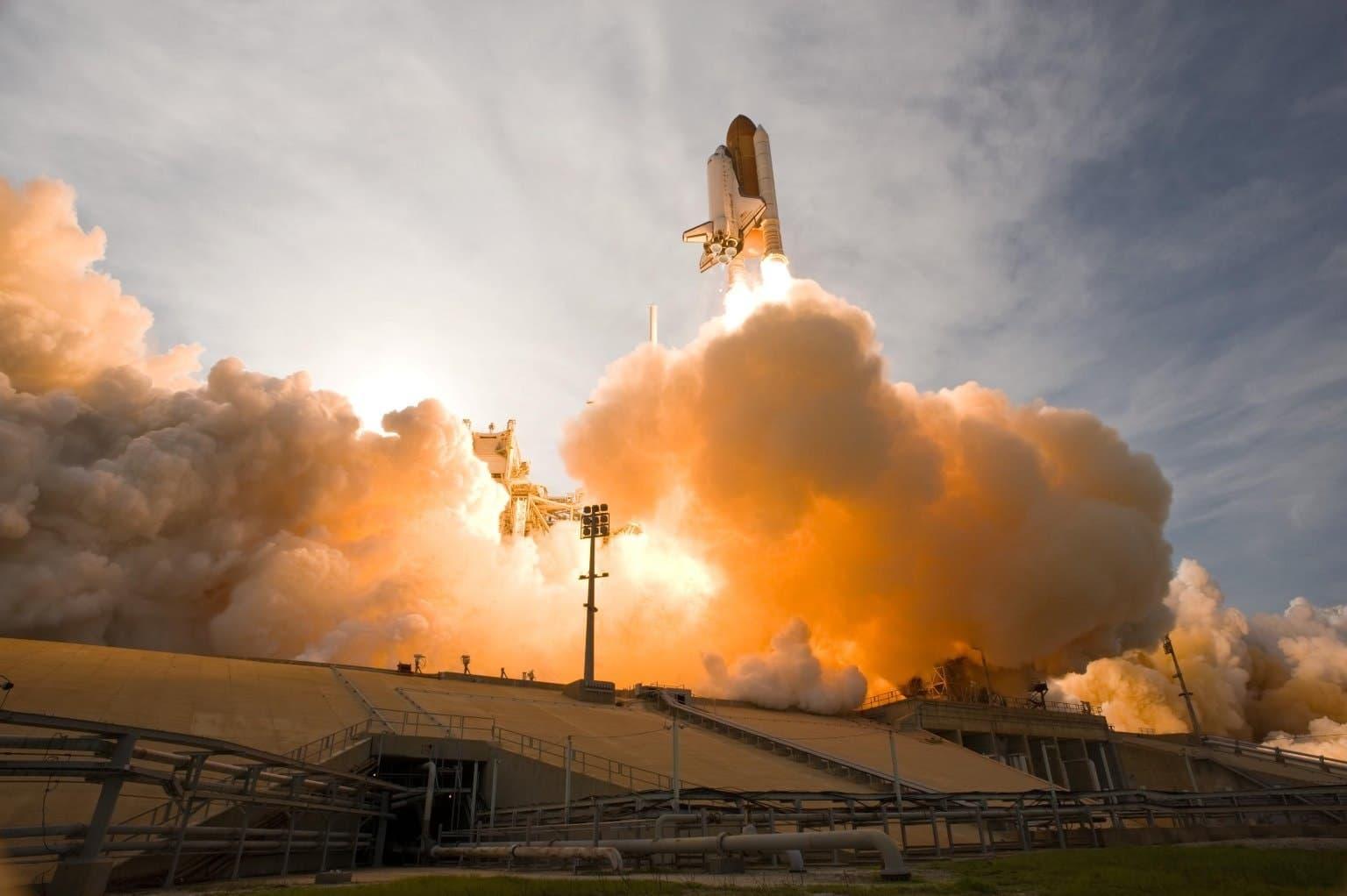 aerospace-engineering-exploration-34521.jpg