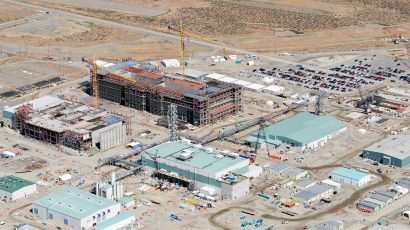 The Hanford Tank Waste Treatment and Immobilization Plant, also known as the Vit Plant, covers 65 acres with four nuclear facilities in southeastern Washington state. Credit: Bechtel National