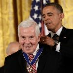 President Obama awards the Presidential Medal of Freedom to former Sen. Richard Lugar in November 2013. (Photo by Win McNamee/Getty Images)