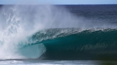 A large wave at Banzai Pipeline of the North Shore of Oahu, Hawaii
