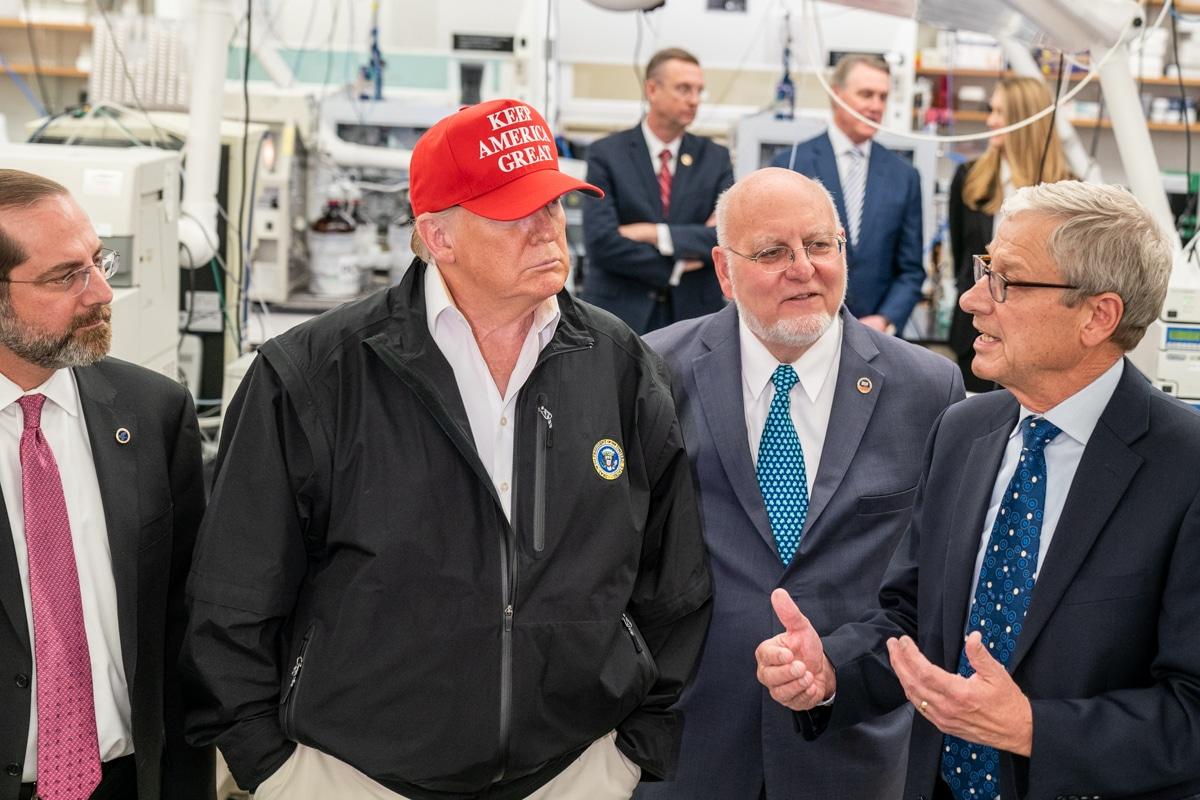 Trump visits the CDC