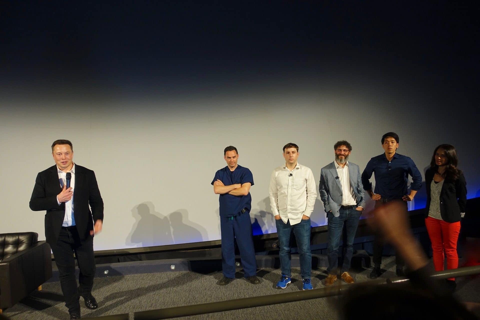 Elon Musk gives a presentation on neurotechnology.