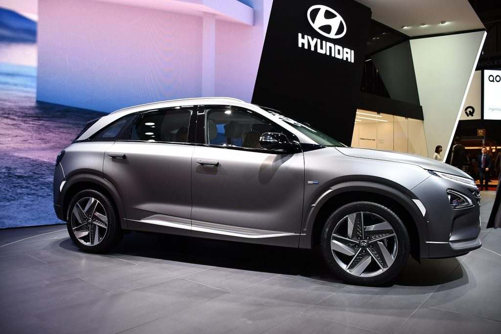hydrogen fuel cell car at autoshow