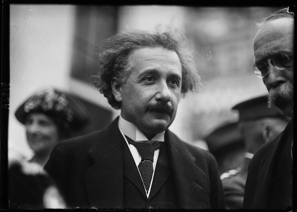 Albert Einstein in Washington, D.C., between 1921 and 1923. Harris & Ewing, photographers. Courtesy of the Library of Congress. https://www.loc.gov/pictures/item/2016885961/