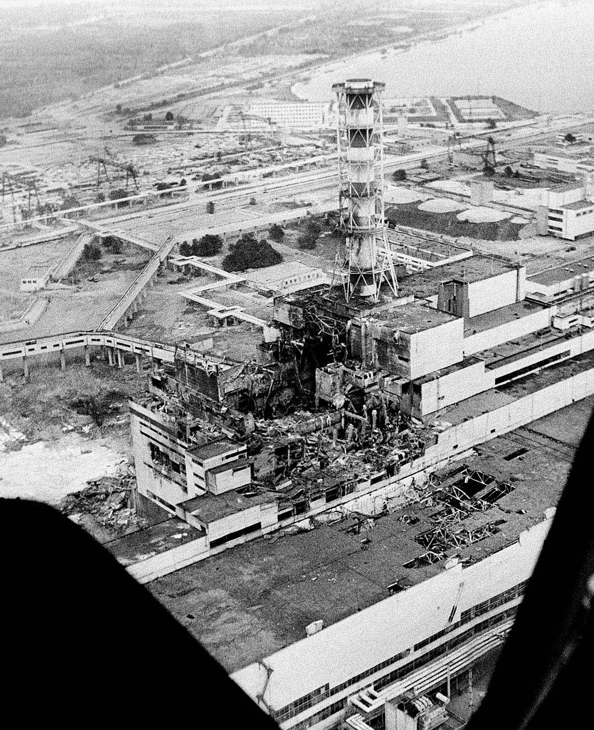 The damaged Unit 4 reactor building at Chernobyl