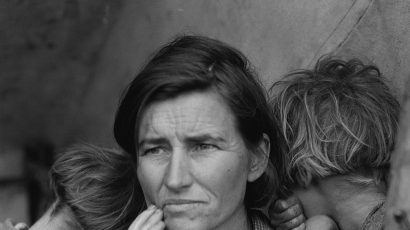 BW photo of 1930s Dustbowl Migrant Mother