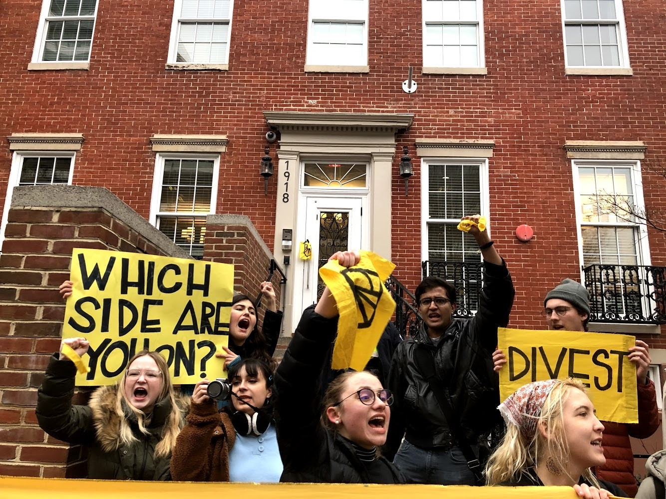 George Washington University students call for divestment from fossil fuels