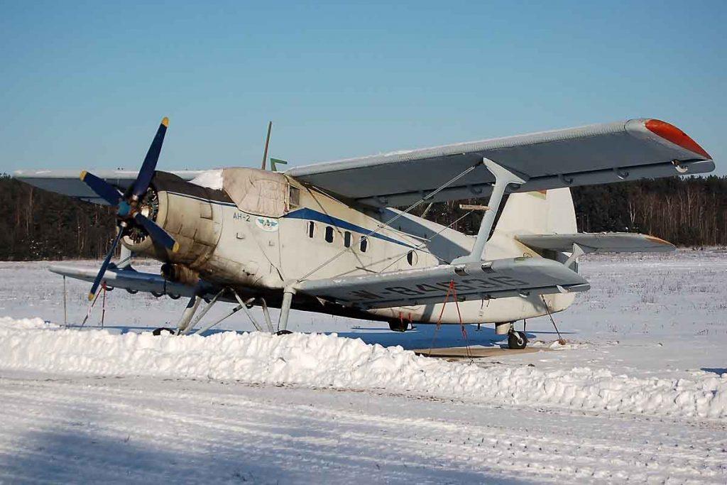An An-2.