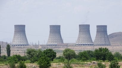 Armenia's Metsamor nuclear power plant cooling towers. Credit: Adam Jones via Wikimedia Commons. CC BY-SA 2.0.