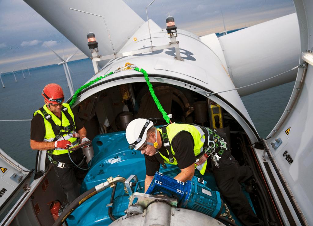 wind turbine engineers at work