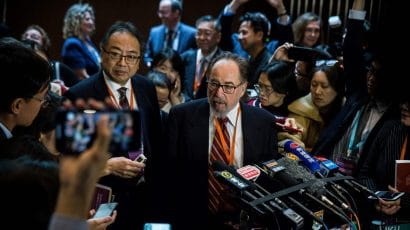 This picture, taken on November 27, 2018, shows biologist and summit chair David Baltimore (center right) of the California Institute of Technology speaking at a press conference during the Second International Summit on Human Genome Editing in Hong Kong. (Getty Images/AFP)