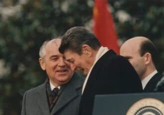 Soviet General Secretary Mikhail Gorbachev (left) and U.S. President Ronald Reagan (right)