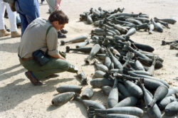 chemical-filled Iraqi mortar shells being scanned for leaks